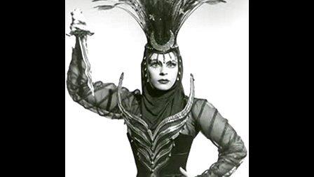 """""""复仇的火焰"""" Roberta Peters《魔笛》1956"""