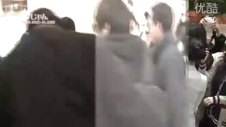 [east-01] 110223 Jaejoong in  airport   赴日机场  金在中