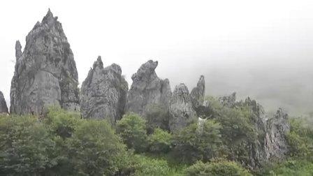 湖北神农架板壁岩