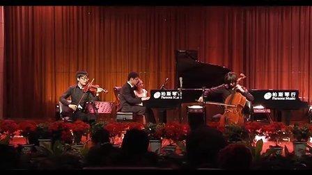 """华中科技大学键盘队2011""""键上人生""""古典钢琴音乐会(附制作特辑)"""
