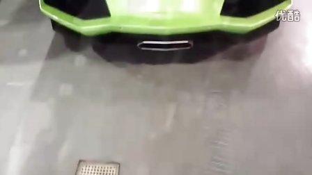 清新绿兰博基尼Aventador LP700-4