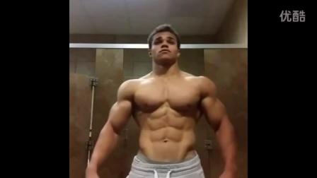 健身房肌肉男4