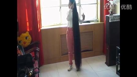 剪下160cm超長大辫子_高清