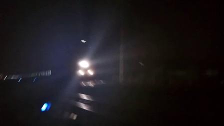 京京HXD3D牵引K571次(北京西-厦门)通过枣强货场