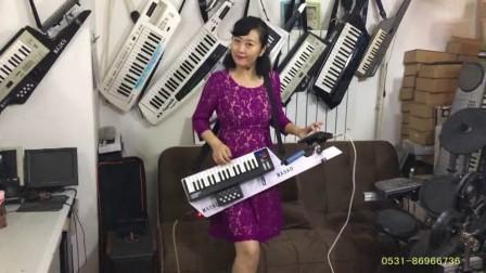 刘璐超便背挎手风琴伴式双排三排键电子琴脚电子鼓《打手鼓唱起歌歌》