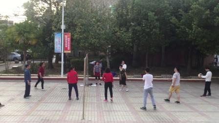 鹤市广场气排球 气排球--连续封网 加 扣球-11分钟