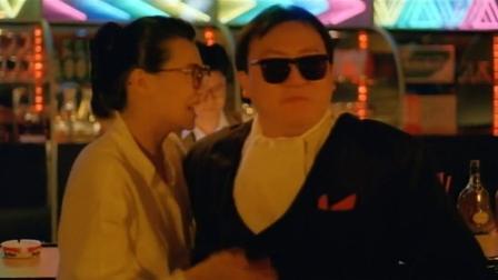 《神勇双妹唛》王晶客串墨镜男 张曼玉遇麻烦求带走