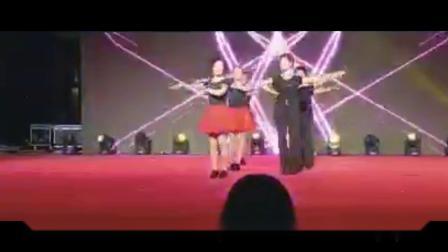 (周德林)浙江象山红玫瑰三步踩舞蹈