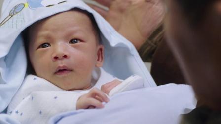 幸福一家人 55 恭喜房家有喜!房永福终于等到小孙子出生,心愿完成晕倒在医院