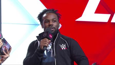 次元壁已破!WWE凯萨罗和奥斯丁现身LPL季后赛EDG对SN的比赛现场