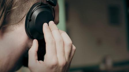 缤特力BackBeat FIT 6100 头戴式音乐运动耳机