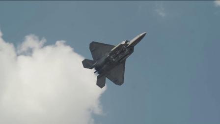F-22猛禽表演队现身科罗拉多斯普林斯派克峰航展