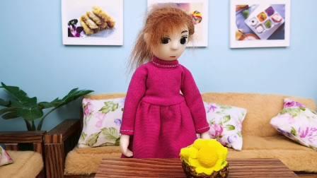 待在家无聊,木瓜和妈妈猜歌名,妈妈不是木瓜的对手哦