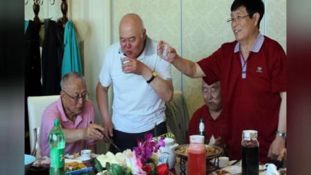 18年5月 王柏岩老师回长探亲 祭祖期间 相聚《香谷私厨》大酒店 共叙师生情谊