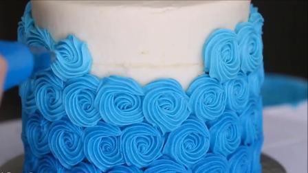重复管道裱花模式蛋糕教程与技巧(蛋糕甜点教程食谱)