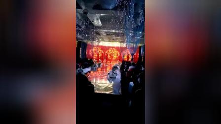 舞蹈大红灯笼1517662336599