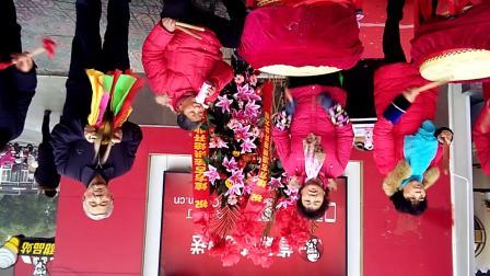 上海城蛋糕店开业打大鼓