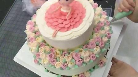 蛋糕怎么裱花的 韩式裱花花朵图片 韩式裱花蛋糕图片