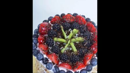 如何制作水果西瓜蛋糕