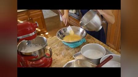如何制作多层生日蛋糕_多层生日蛋糕做法_生日蛋糕视频生日蛋...