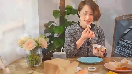 纸杯蛋糕的做法 玫瑰花造型纸杯蛋糕-如何裱花西餐学习