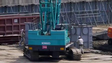 日本挖掘机处理淤泥