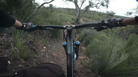 周末骑行-干燥路滑
