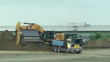 卡特彼勒336挖掘机工作