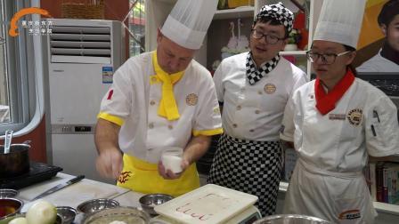 意式披萨教学-重庆新东方烹饪学院米其林三星主厨保罗