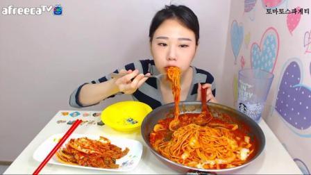 【韩国吃播-弗朗西斯卡】芝士猪排、意面、面包等3篇合辑_美食(1)