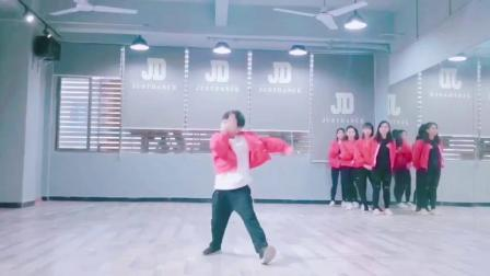 东莞石龙JD舞蹈培训- 13686688024