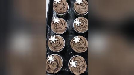 杯子马芬蛋糕彩色