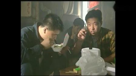 插翅难逃: 张世豪的好兄弟阿勋在刷牙, 殊不知楼下已经被特种兵重重包围!