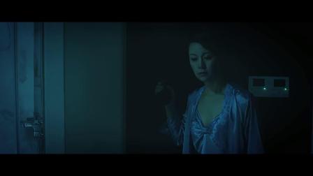 """《恐怖浴室》少女在浴室遭遇""""水鬼"""",是逝者的复仇还是活人的诅咒?"""