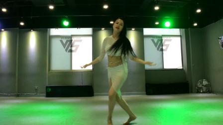 刘唱东方舞,⭐️⭐️⭐️刘唱老师演绎最新最美popsong ,🌹🌹🌹我的梦🌹🌹🌹aida 编舞👑👑👑