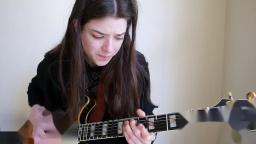 女神Tash Wolf爵士吉他solo「Isn't She Lovely」