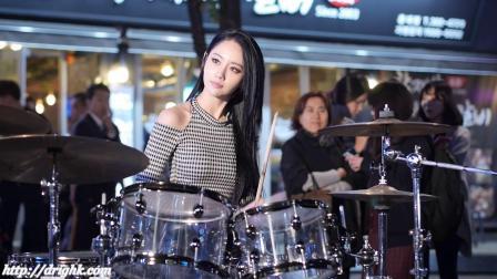 【Bepop】雅妍 韩国女鼓手 141017 我看见他站在那里 皮裤