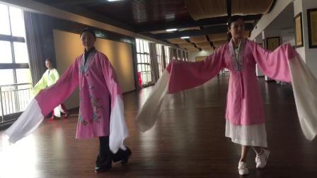 龙宝玲老师教练戏曲水袖(四)。