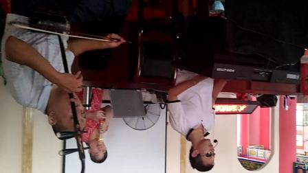 心连心爱心团队在长沙望城万佛岭老年活动中心演唱花鼓戏《山伯送友》选段》