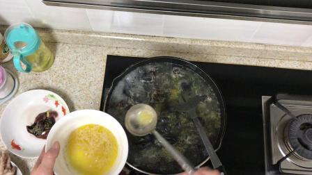乌鸡汤的做法 乌鸡汤的功效与作用 怎么炖最有营养