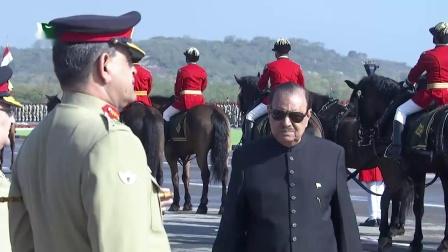 2018年巴基斯坦阅兵 Part 1 (共3部分)