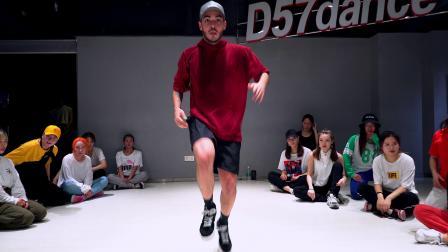 【D舞区舞蹈】外教导师Leo编舞 -《MACHIKA》