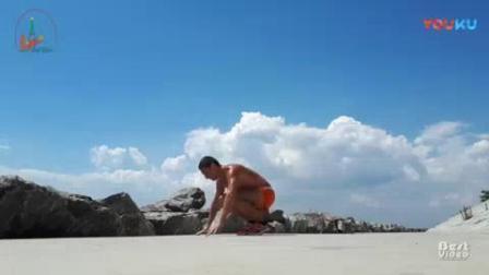 """我在年度健身先生演示标准""""波比跳"""", 原来动作的关键在这截了一段小视频"""