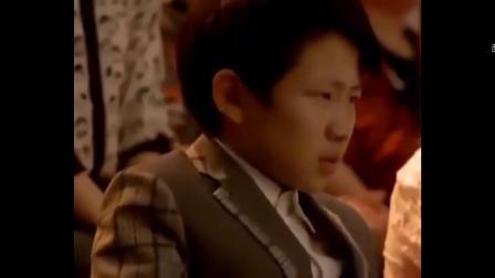 小男孩演唱《向天再借五百年》,韩磊听得都坐不住,站起竖大拇指