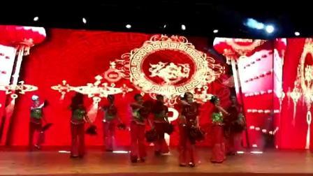 中国喜事手绢舞