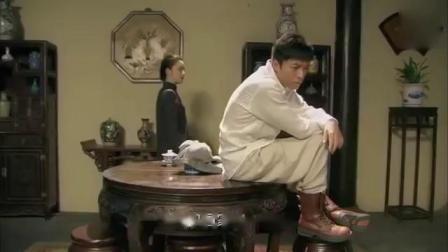 男子刚来上海,就独闯黑帮总坛,黑老大:比当年的马永贞还厉害