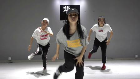 深圳宝安爵士舞 帅气爵士舞教学视频 华辰国际舞蹈培训