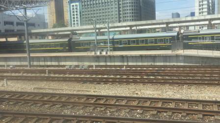 T397到达南昌 碰到Z104和K1256
