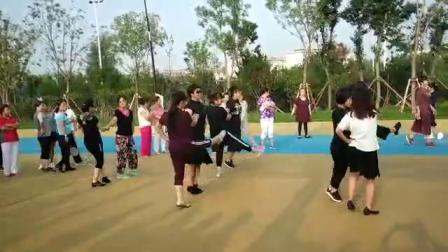 忻州体育公园水兵舞二套
