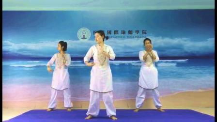 拉谛舞韵瑜伽表演《离人愁》表演:王明月,邓彩虹,姚婷